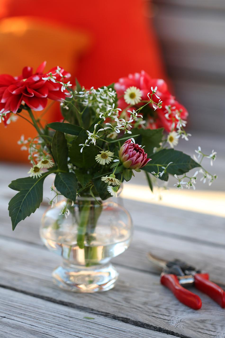 Blomsterbukett i vas